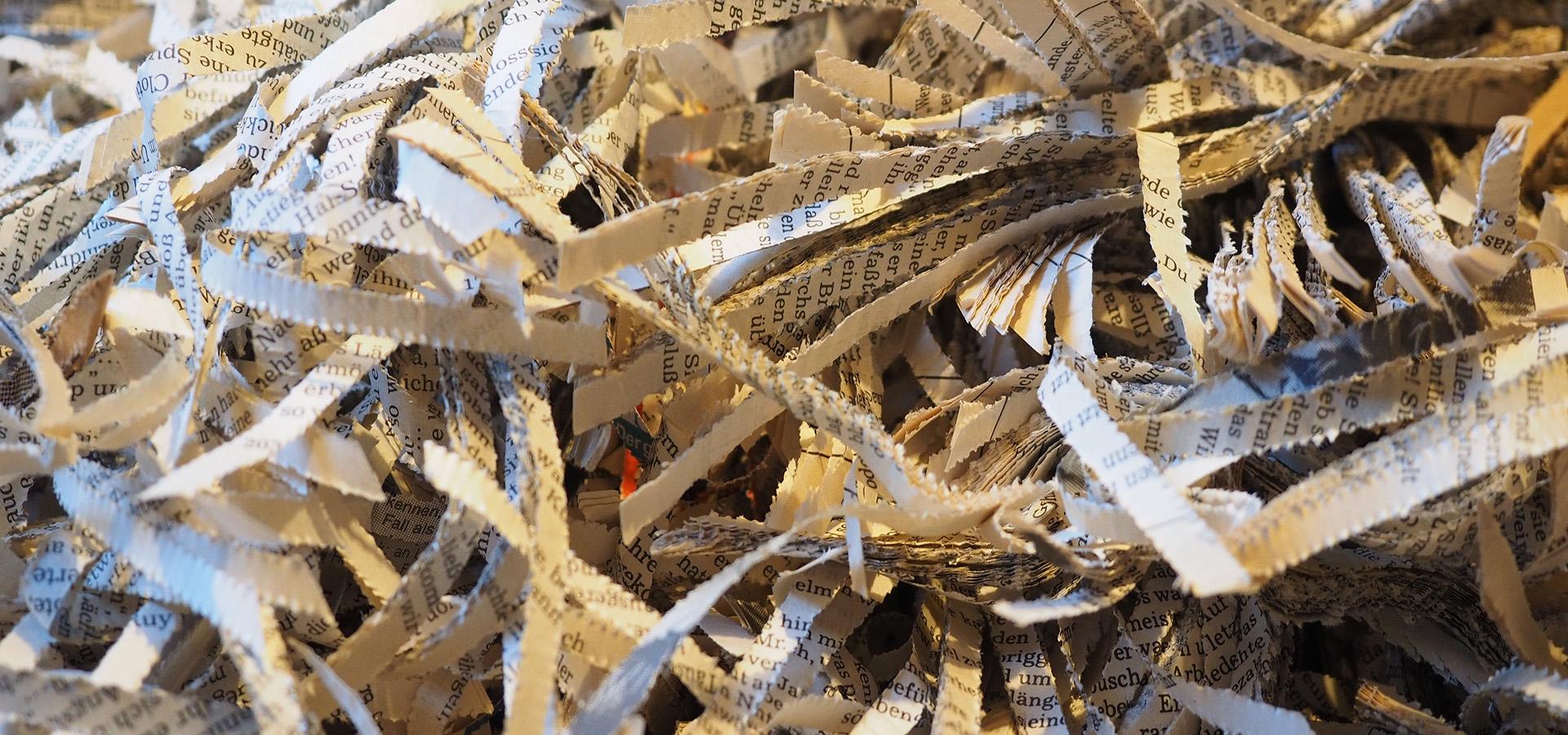 Papir makuleret fortroligt affald